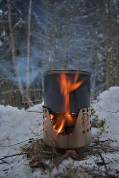 DIY Ultralight twig burning woodstove.  Totally sweet. A perfect example of the K.I.S.S. system. Cool.    Checkout our camping/backpacking stoves here: http://www.osograndeknives.com/store/index.php?l=product_list=235