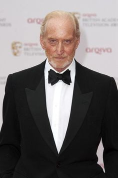 Charles Dance, Dance Games, Tv Awards, Game Of Thrones Fans, Dance Photos, Alfred Hitchcock, Beautiful Artwork, Classic Hollywood, Poses