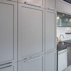Cuisines Beauregard | MDF Bar, Laminate Flooring, Home Remodeling, Tall Cabinet Storage, Kitchen, Design, Furniture, Home Decor, Kitchen Armoire