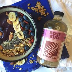It's an acai bowl and kombucha kind of morning!  #upstartmoment  @chelsea_tonesitup Upstart Kombucha Brand Ambassador by upstartkombucha