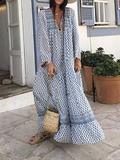 Skirt Fashion, Boho Fashion, Fashion Outfits, Muslim Fashion, African Print Dresses, Animal Print Dresses, Floral Print Maxi Dress, Boho Dress, Spring Fashion Casual
