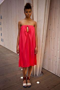 Hanna Sarén SS2013 Shoulder Dress, One Shoulder, Strapless Dress, Dresses, Design, Fashion, Strapless Gown, Vestidos, Moda