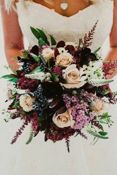 wedding bouquet ideas inspiration with marsala and gold flowers