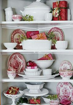 Love red and white dishes..