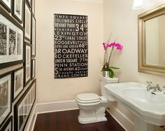 Art Gallery Wall Ideas-31-1 Kindesign  Black & white wall decoration in neutral bathroom