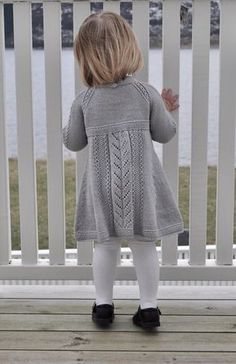 Ravelry: Soria Moria Kjole Pattern By We - Diy Crafts - Qoster Kids Knitting Patterns, Baby Sweater Patterns, Baby Dress Patterns, Knitting For Kids, Toddler Sweater, Knit Baby Sweaters, Girls Sweaters, Toddler Dress, Baby Outfits