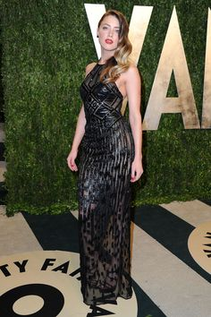 Gorgeous Amber Heard in Atelier Versace