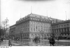Bundesarchiv_Bild_102-13848F,_Berlin,_Hotel_Adlon.jpg 800×552 pixels
