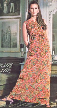 60s And 70s Fashion, Vintage Fashion, Pattern Books, Vintage Outfits, Vintage Clothing, Vintage Patterns, Fashion Beauty, Dressing, Vogue