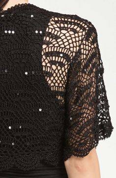 I saw this really pretty black bolero and If I'm not busy with other projects I would really make myself one.                        This ...