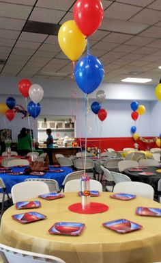 but maybe add masks to the balloons. Superman Baby Shower, Superhero Baby Shower, Superhero Party, Superman Birthday Party, Avengers Birthday, Boy Birthday Parties, Wonder Woman Birthday, Wonder Woman Party, Superhero Centerpiece