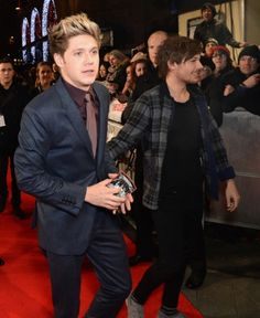 Louis and Niall at the Class of 92 premiere in London!