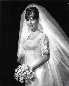 Mrs. Gary L. Townsend, nee Kathy J. Menick, wedding photo; #kentonlibrary #facesandplaces