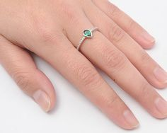 Sterling Silver Cute Pear Shaped Cut Emerald Ring Sz 5-10 105228123456