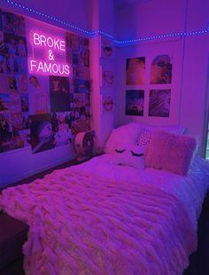 Neon Bedroom, Cute Bedroom Decor, Bedroom Decor For Teen Girls, Room Design Bedroom, Teen Room Decor, Room Ideas Bedroom, Bedroom Inspo, Dream Teen Bedrooms, Dream Bedroom