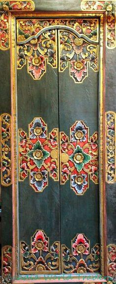BALINESE Door Hand Carved Wood~Bali Architectural Art~Home Garden Indonesia #Balinesetraditional #doors #handmade