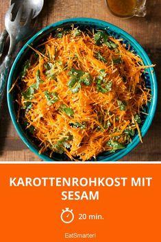 Karottenrohkost mit Sesam | http://eatsmarter.de/rezepte/karottenrohkost-mit-sesam