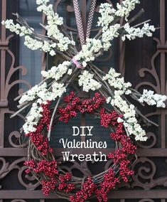 XO Wreath Pin Valentine Wreath, Valentine Crafts, Valentine Day Gifts, Holiday Crafts, Christmas Holidays, Christmas Wreaths, Valentines Day Activities, Wreath Tutorial, Diy Art