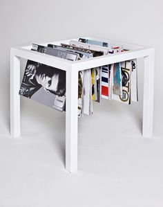 magazine rack by Cristina Toledo