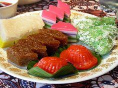 kue jajan pasar by Satya W, via Flickr