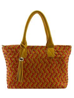Bolsa Feminina de couro. Corpo com tirinhas de couro em tressê artesanal.