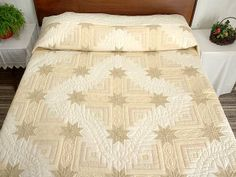This is Colorado Log Cabin designed by Judy Martin for Scrap Quilts, 1985. Probably made by the Amish and called Colorado Star Quilt  Photo 1