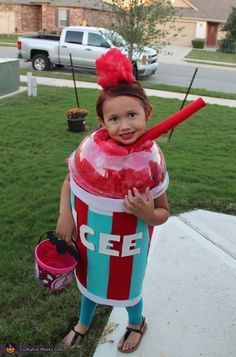 Icee from Texas - 2013 Halloween Costume Contest via @costumeworks Cute Halloween Costumes, Food Costumes For Kids, Homemade Costumes Girls, Cute Girl Costumes, Halloween Coatumes, Easy Homemade Halloween Costumes, Kid Costumes, Halloween Costume Contest, Costume Ideas