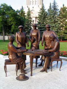 The Famous Five who legally gained the right for women to vote in Canada in Statue shown here erected at the Manitoba Legislature in created by local sculptor Helen Granger on behalf of the Nellie McClung Foundation. Bronze Sculpture, Sculpture Art, The Famous Five, Canadian History, Women In History, Canada Travel, Public Art, Historical Sites, Oeuvre D'art