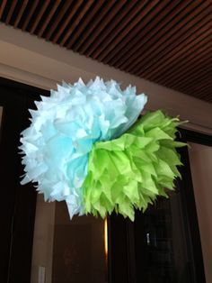 Baby shower poofs