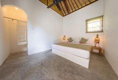 Villa with private pool + direct beach access - 借りられるバンガロー - Tanjung