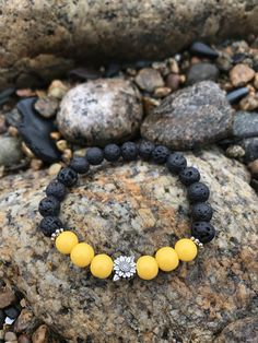 Jewelry Making Bracelets Yellow sunflower lava bead beaded bracelet - Sunflowers are a lovely symbol sure to bring positivity Silver Bracelets, Jewelry Bracelets, Stackable Bracelets, Ankle Bracelets, Beaded Jewelry, Silver Jewelry, Silver Ring, Silver Earrings, Yellow Jewelry