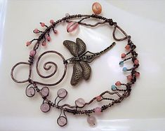 Gemstone Suncatcher, Dragonfly Suncatcher, Dragonfly Decoration, Glass Suncatcher, Window Decoration, Patio Decoration, Wire Suncatcher