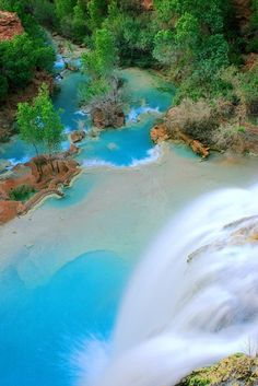 The electric blue waters of Havasu Falls