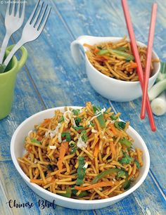 Chinese Bhel is made with fried noodles, tossed with colourful sautéed veggies and garnished with crunchy spring onions. A generous dose of sauces is also added to bind the Bhel together in a tangy way!