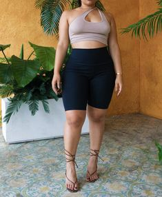 Curvy Girl Outfits, Girls Summer Outfits, Plus Size Outfits, Beach Outfits, Mode Outfits, Trendy Outfits, Curvy Fashion Summer, Casual Curvy Fashion, Girl Fashion