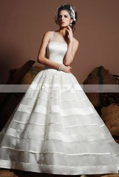 tiered wedding dress #stripes #brayola #wedding