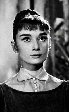 Audrey Hepburn-War and Peace