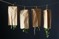 17 Ideas for Decorating with Dried Herbs   HelloNatural.co