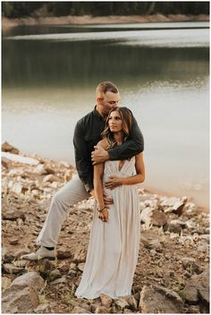 Aug 2018 - Lakeside couples Session // Swimsuit Session // Couples Photography // Carefree // Outfit for Couples Photos Engagement Photo Outfits, Engagement Pictures, Beach Engagement, Engagement Session, Couple Photography Poses, Couple Portraits, Essense Of Australia Wedding Dresses, Maternity Photographer, Couple Shoot