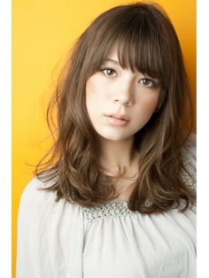 Shoulder length hair with bangs Asian Hair Texture, Hair Color Asian, Cool Hair Color, Middle Length Hair, Shoulder Length Hair, Medium Hair Cuts, Medium Hair Styles, Long Hair Styles, Ash Brown Hair Color