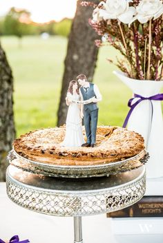 Creative Confections: Our Favorite Wedding Cakes and Cake Alternatives