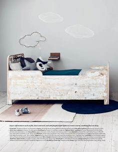 Would love to DIY build this toddler bed!
