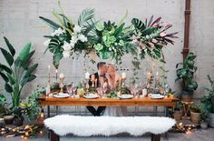 wedding tables - photo by Katt Willson http://ruffledblog.com/stylish-tropical-wedding-inspiration-in-the-pacific-northwest