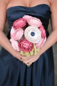 Paper Ranunculus Bouquet | 20 Cute And Quirky Wedding Bouquet Ideas
