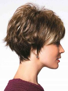 The Ivy Wig by Noriko is an edgy, page-boy style cut with a round, heavy fringe.