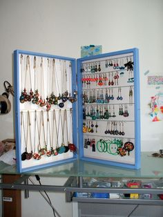 Incredibly jewelry box - Women's Jewelry and Accessories-Women Fashion Jewelry Wall, Mom Jewelry, Wooden Jewelry, Jewelry Crafts, Jewellery Storage, Jewelry Organization, Jewellery Display, Diy Jewelry Holder, Diy Jewelry Making
