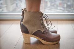 phoebe 2-tone boot . bryr clogs / madesmith