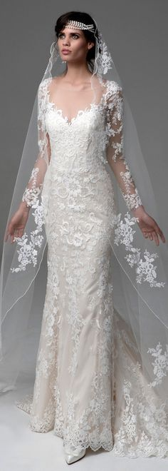 Marvelous Tulle & Satin Scoop Neckline Sheath Wedding Dresses With Beaded Lace Appliques