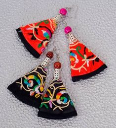 Embroidered Earrings US$6.95
