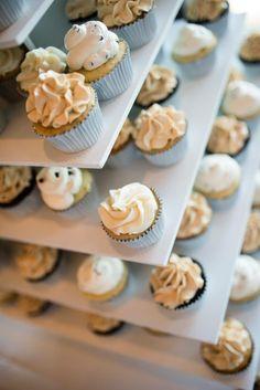 Cupcakes courtesy of the Carolina Sugary Fairy...she's simply amazing!
